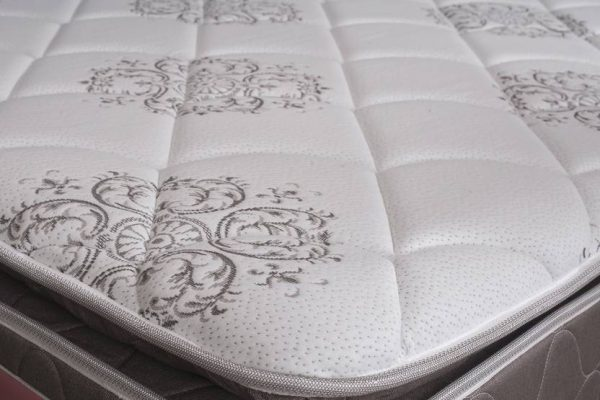 kurlon-luxurino-10-inch-queen-pocket-spring-mattress_by_furniture_magik.jpeg